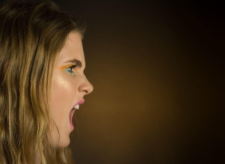 9 dingen om te weten over dating een sarcastische persoon Dating zoektocht Android APK